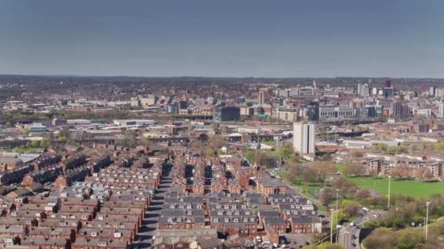 aerial panorama of leeds - holbeck to city centre - leeds stock videos & royalty-free footage