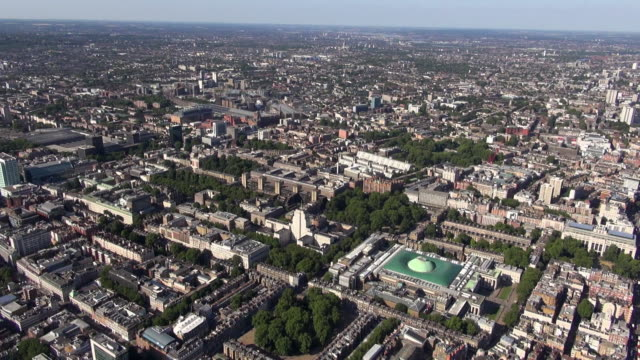 aerial panoramic video of bloomsbury, circling the british museum, university of london senate house and surrounding areas, with long-distance views over north east london - surrounding stock videos and b-roll footage
