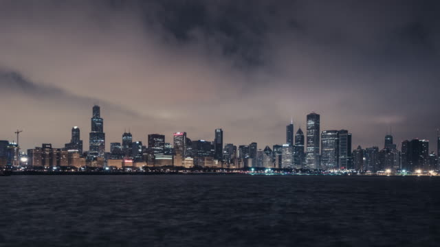 t/l ws zi aerial panoramic view of chicago at dawn - willis tower stock videos & royalty-free footage