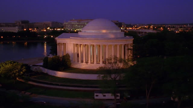 aerial point of view jefferson memorial at night / washington d.c. - jefferson memorial stock videos & royalty-free footage
