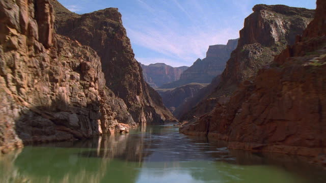 vídeos de stock, filmes e b-roll de aerial point of view over colorado river and through grand canyon / arizona - grand canyon