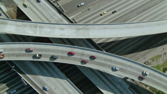 stockvideo's en b-roll-footage met aerial point of view over highway and overpasses with traffic / san diego, california - tweebaansweg