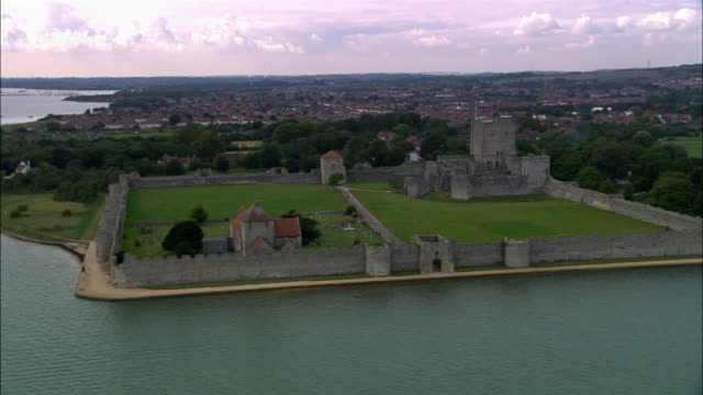 aerial portchester castle/ portsmouth, england - ポーチェスター点の映像素材/bロール