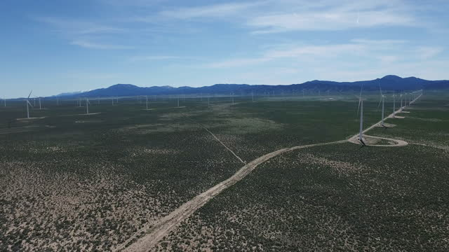 stockvideo's en b-roll-footage met aerial, pov, rows of wind turbines, nevada, usa - nevada