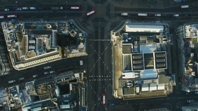 aerial rooftop view london city streets at sunrise - twilight stock videos & royalty-free footage
