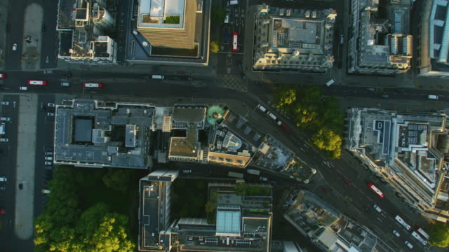 aerial rooftop view sunrise over london city streets - twilight stock videos & royalty-free footage