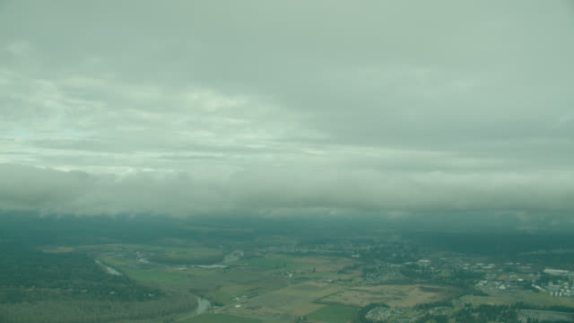 vidéos et rushes de aerial rural countryside (glider side window pov) - aircraft point of view