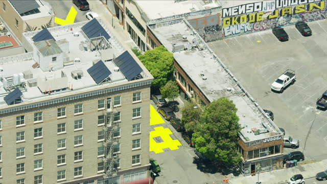 aerial san francisco street painted slogan blm america - オークランド点の映像素材/bロール