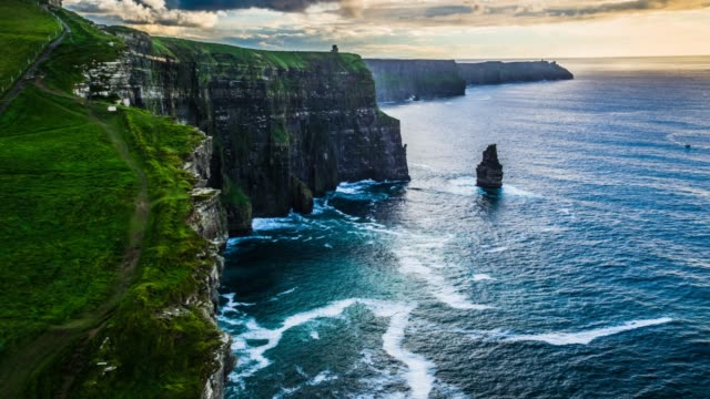 aerial: scenic view of cliffs of moher - drone stock videos & royalty-free footage