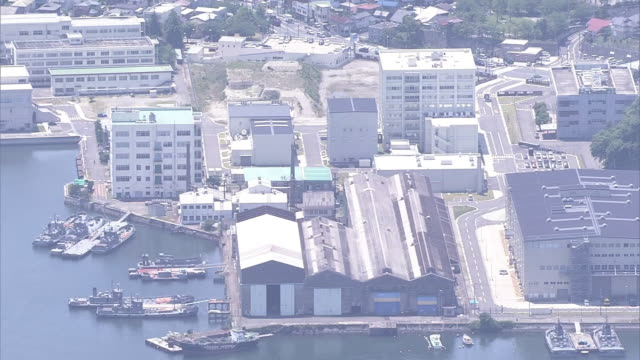 aerial shot around buildings of maritime selfdefense force undersea medical center at jmsdf yokosuka district - warship stock videos & royalty-free footage