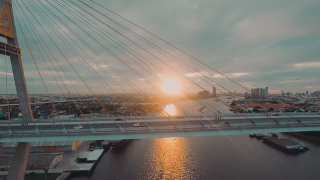 Luftaufnahme von Bangkok Industrial Ring Road Bridge