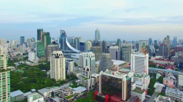 空から見た風景のバンコク,タイ - クワッドコプター点の映像素材/bロール