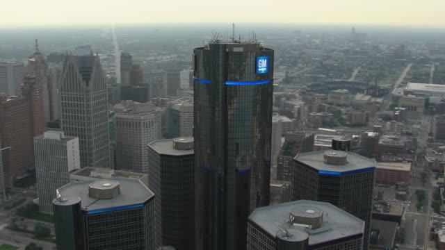 aerial shot of detroit's gm renaissance center complex. - logo stock videos & royalty-free footage