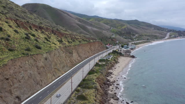 aerial shot of empty pacific coast highway in malibu during covid-19 - malibu stock videos & royalty-free footage