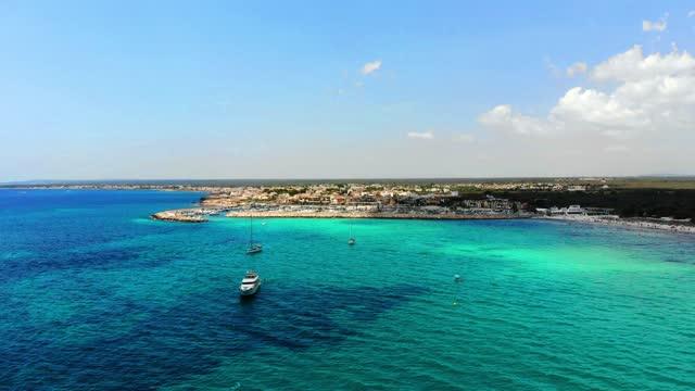 aerial shot of es trenc beach on the balearic island of majorca - バレアレス点の映像素材/bロール