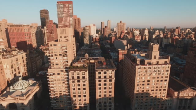 aerial shot of highrise buildings, manhattan, new york, united states - manhattan bildbanksvideor och videomaterial från bakom kulisserna