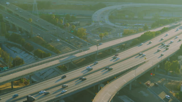 aerial shot of interstate 110 and interstate 5 exchange los angeles - interstate 10 stock videos & royalty-free footage