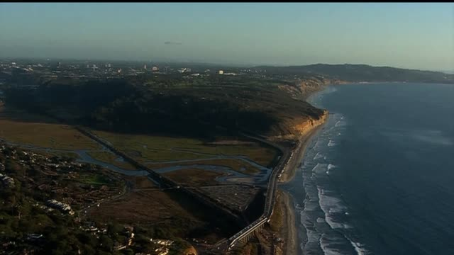 aerial shot of san diego coast on october 30 2013 in san diego california - pazifikküste stock-videos und b-roll-filmmaterial