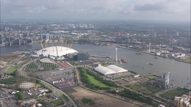 aerial shot of the o2, emirates air line cable car and river thames - the o2 england stock videos & royalty-free footage