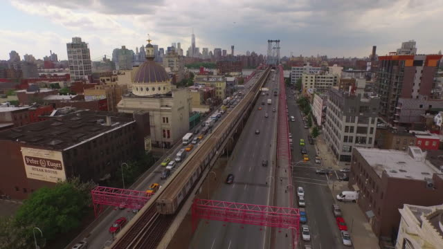 aerial shot of traffic in brooklyn, new york, united states - lower east side bildbanksvideor och videomaterial från bakom kulisserna