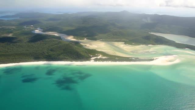 Luftaufnahme von mit Paradies Strand auf der Insel der Whitsundays