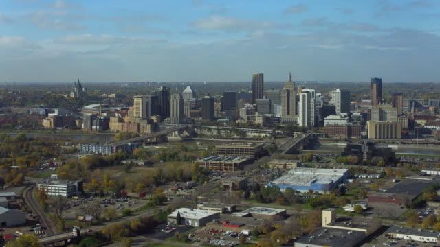 aerial shot over city of saint paul minnesota - saint paul stock-videos und b-roll-filmmaterial