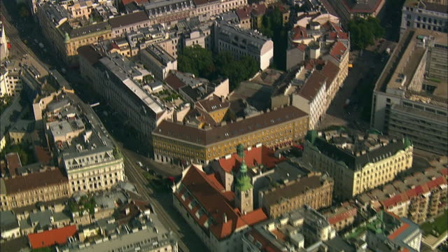 aerial shot vienna (austria) first district - ウィーン点の映像素材/bロール