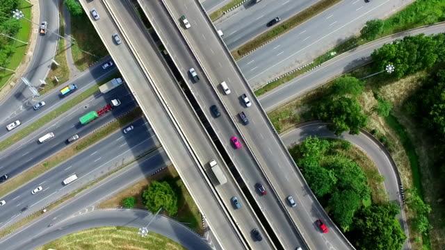Luchtfoto: drukke snelweg in Bangkok Thailand