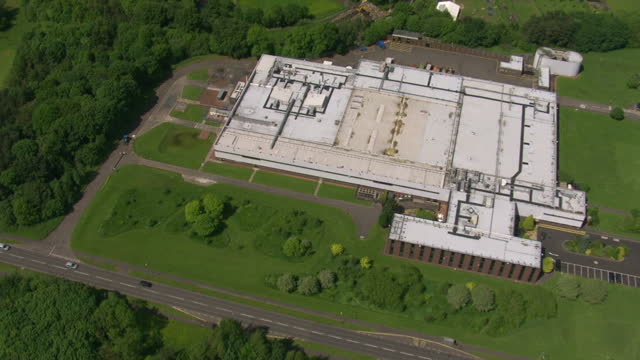 aerial shots of ethicon johnson johnson medical limited manufacturing site on june 11 2014 in livingston scotland - 2014年点の映像素材/bロール