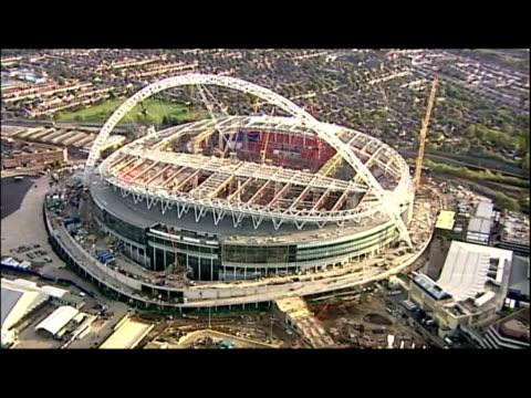 aerial shots wembley stadium under heavy construction undergoing redevelopment - wembley stock-videos und b-roll-filmmaterial