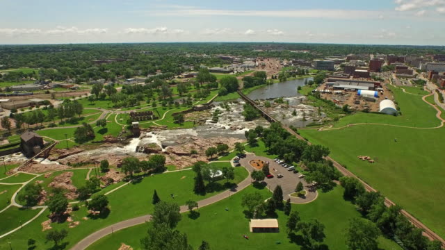 aerial south dakota sioux falls - south dakota stock videos and b-roll footage