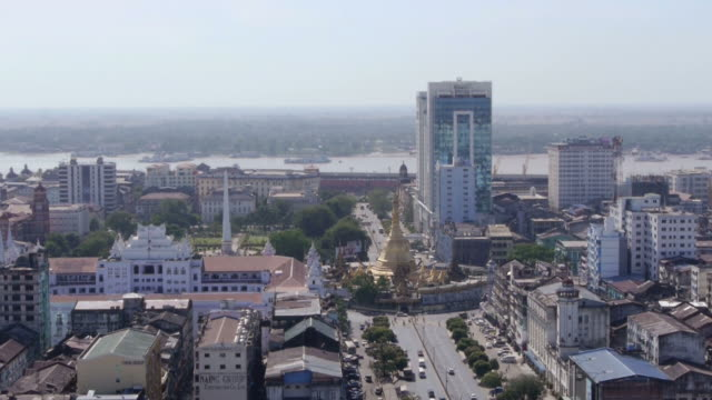 aerial. sule pagode in yangon, myanmar - pagode stock videos & royalty-free footage