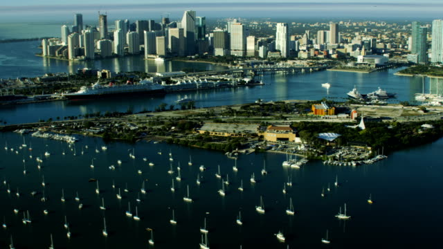 vidéos et rushes de aerial sunrise cruise terminal biscayne bay florida america - biscayne bay