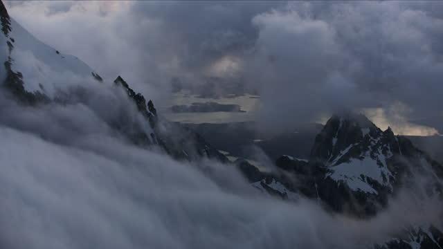 aerial sunrise view jackson lake yellowstone park usa - mt moran stock videos & royalty-free footage