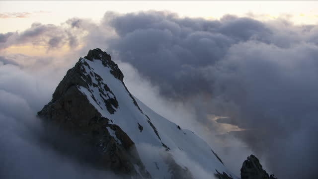 aerial sunrise view mount moran summit rockies usa - mt moran stock videos & royalty-free footage