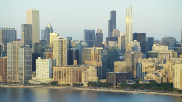 aerial sunrise view trump tower lakeshore drive chicago - willis tower stock videos and b-roll footage