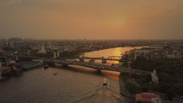 aerial sunset view of the phra phuttha yodfa bridge,bangkok - twilight stock videos & royalty-free footage