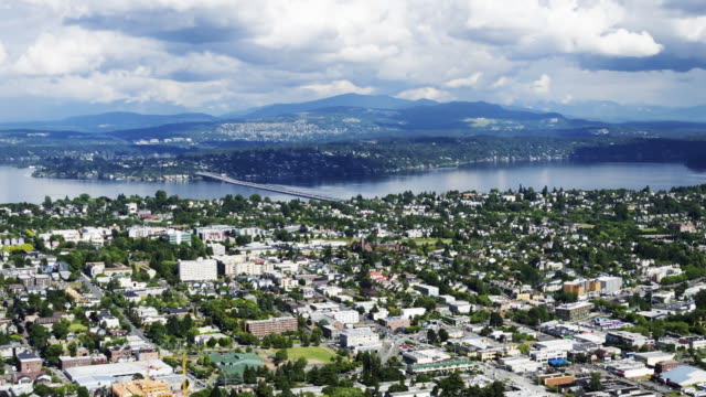 aerial time lapse zoom of southeastern seattle from the columbia center sky view observatory - columbia center stock videos & royalty-free footage