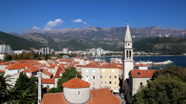 Luchtfoto timelapse van Budva, Montenegro