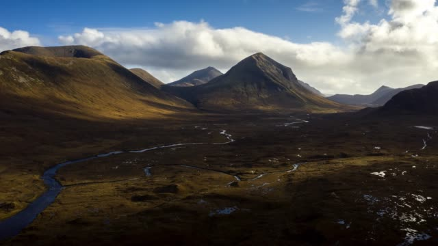 aerial timelapse view of scotland : moutains in isle of skye - natural condition stock videos & royalty-free footage