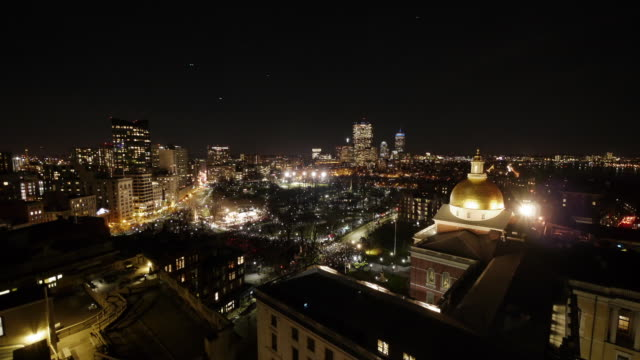 ew/s aerial tl boston common shortly before christmas tree lighting ceremony. - christmas tree lighting ceremony stock videos & royalty-free footage