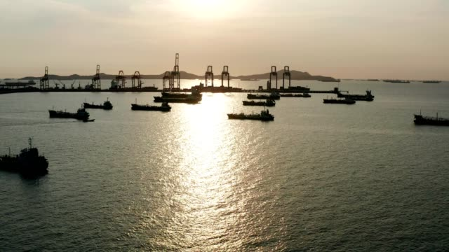 aerial top view of the ship carrying the lpg and oil tanker in the sea port - carrying stock videos & royalty-free footage
