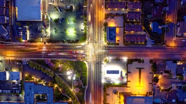 antenn trafik timelapse i kalifornien - mittdel bildbanksvideor och videomaterial från bakom kulisserna