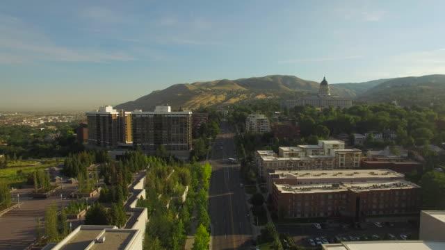 vídeos de stock, filmes e b-roll de vista aérea de salt lake city, utah - salt lake city utah