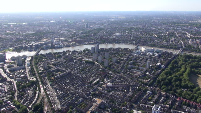 aerial video panorama of battersea with views over the river thames towards fulham and west brompton - battersea stock videos & royalty-free footage