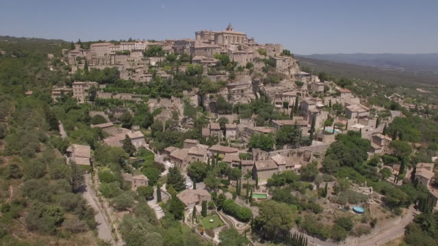 Aerial view WS ancient village of Gordes
