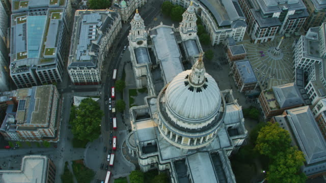 aerial view at sunset st pauls cathedral london - anglican stock videos & royalty-free footage