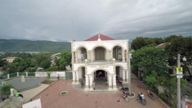 stockvideo's en b-roll-footage met aerial view avec jacmel - haïti