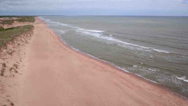aerial view beach at aberdeenshire, scotland - 夏休み点の映像素材/bロール