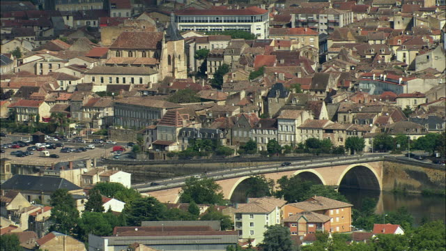 ws side pov aerial view, bergerac, aquitaine, france - aquitaine stock-videos und b-roll-filmmaterial
